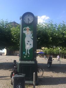 clock-lady